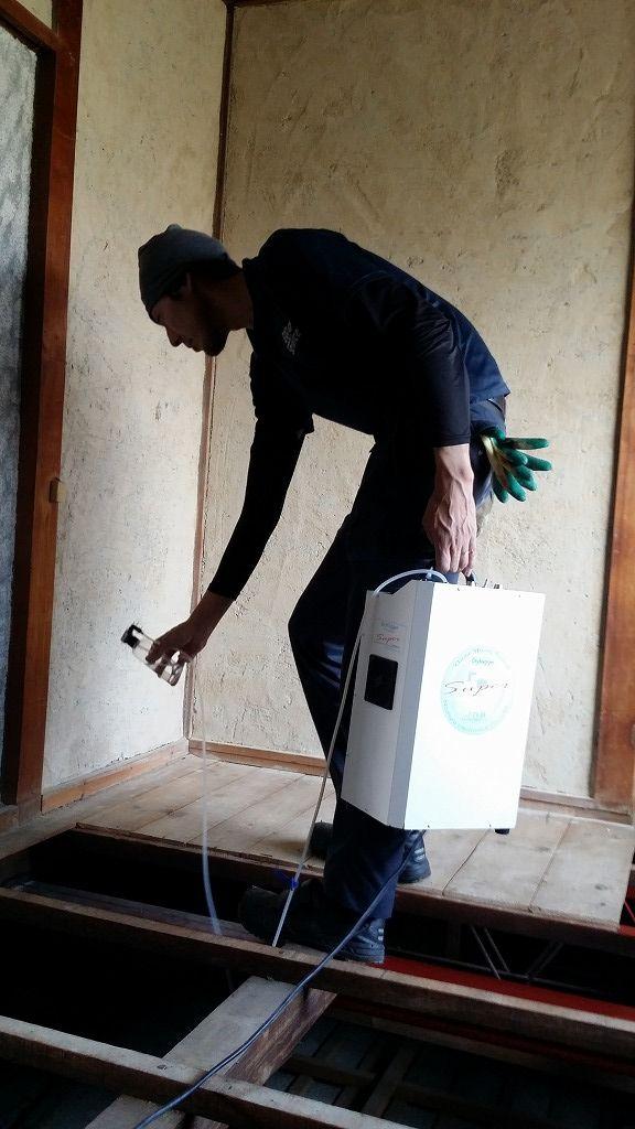 春日井市にて、孤独死に伴う片付けと特殊清掃